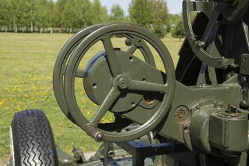 Drum turntable anti-aircraft guns of World War II