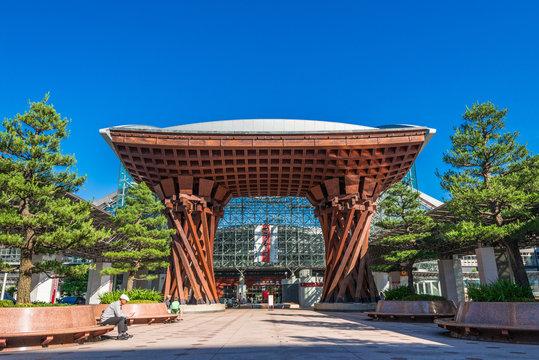 石川県 金沢駅 鼓門
