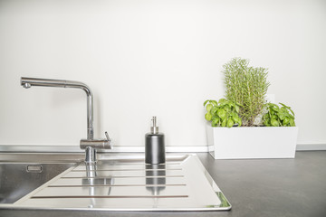 lavandino e piante aromatiche