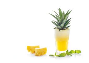 Detox diet, Detox water, pineapple juice
