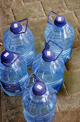 Water shortage - Drinking water in a hot country
