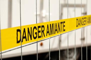 barrière danger amiante