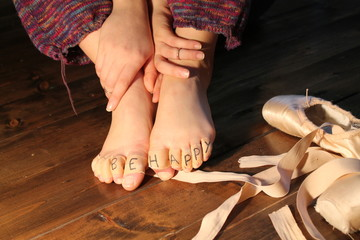 Dancer feet and pointe shoes