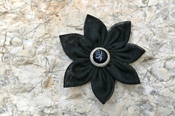 Kanzashi fabric flower