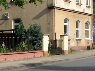Leerstehende Eckkneipe in einem Altbau in der Sudbrackstraße in Bielefeld-Schildesche in OWL