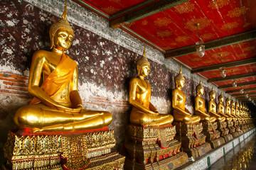 Buddha statue at Wat Po