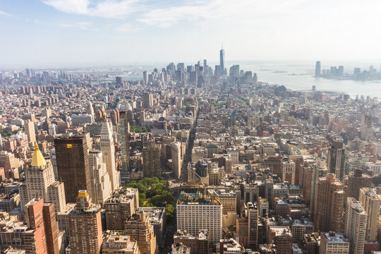Panoramic view of Midtown and Lower Manhattan as seen from the Empire State Building observation deck (New York, USA)