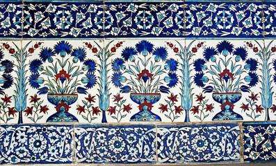Turkish tile design in Topkapi Palace, Istanbul, Turkey