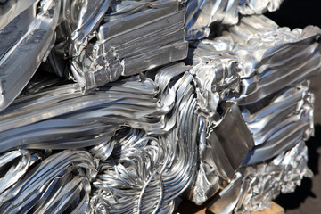 Aluminium pressed together for recycling.