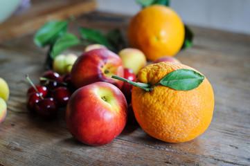 orangen und nektarinen