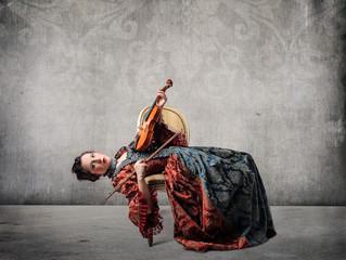 Weird violin player