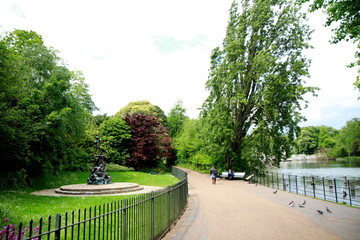 Photo taken during sightseeing around the Hyde Park and Kensington Gardens in London, England.