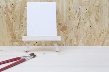 筆と白いボード