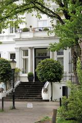 19 century luxury townhouse