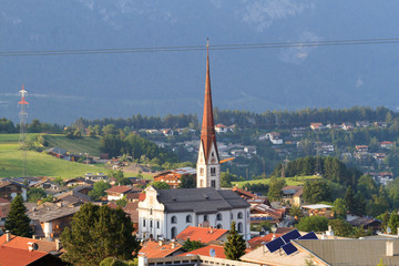 Wall Mural - Kirche in Axams - Dorf in Tirol