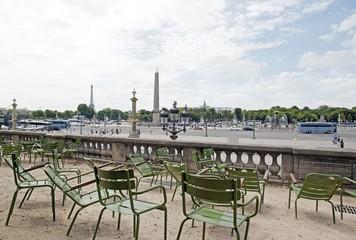 Concorde et tour Eiffel, vues du Jardin des Tuileries (Paris France)