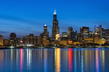 Photo sur Plexiglas Chicago City of Chicago Skyline and Night Lights