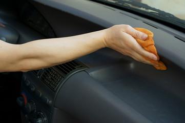 Lavaggio interno automobile