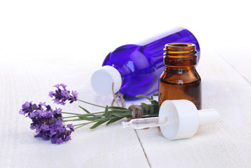Printed roller blinds Lavender flacons d'huile essentielle de lavande