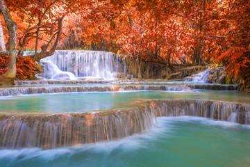 Tuinposter Natuur Waterfall in rain forest (Tat Kuang Si Waterfalls at Luang praba