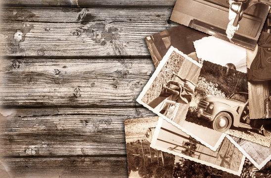 vecchie fotografie su fondo legno