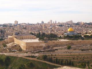 Stadtansicht von Jerusalem vom Ölberg aus, goldene Kuppel vom Felsendom
