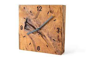 Holzuhr aus Altholz