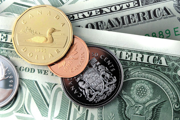 Canadian Dollar and US Dollar - Forex, Tourism