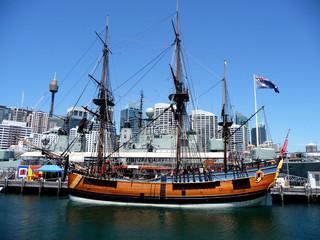historisches Schiff im Hafen von Sydney, Australien