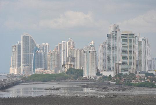 Panamá City Skyline