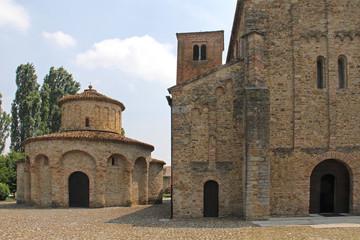 chiesa e battistero di S. Giovanni; Vigolo Marchese