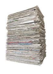 freigestellter Zeitungsstapel