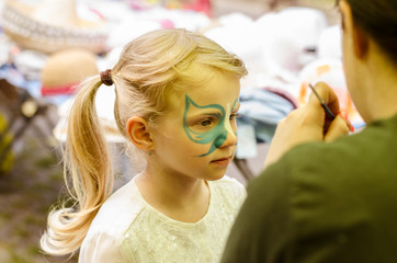 making facepainting