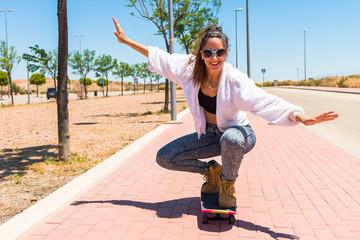 Beautiful woman skaiting