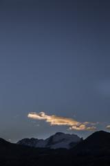nuvola e montagna
