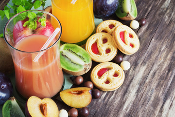cookies and juice