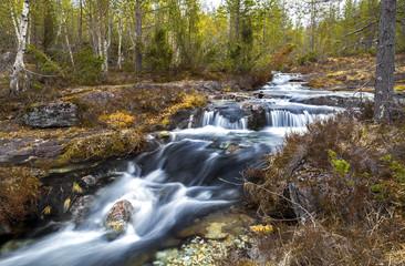Bachlauf im Gebirge © Matthias Buehner