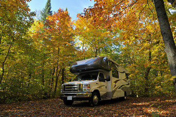 roadtrip with motorhome in Indian summer Ontario Canada