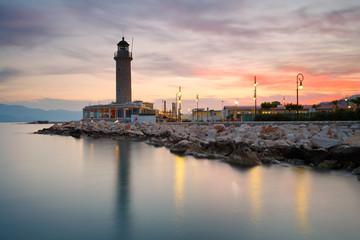 Foto auf AluDibond Leuchtturm Lighthouse in Patras, Greece.