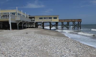 Strand und Pier auf Edisto Island in South Carolina