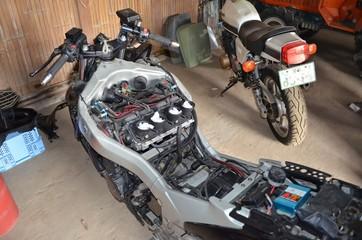 バイク 整備 修理