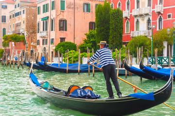 Türaufkleber Gondeln Gondolas on Canal Grande in Venice, Italy