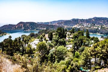 Blick auf Staudamm vom Hollywood Sign