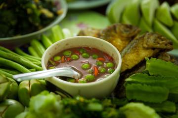 Obraz Shrimp Paste Chilli Sauce (Nam Prik Ka Pi) serve with Fried Indian Mackerel, Thai Food - fototapety do salonu