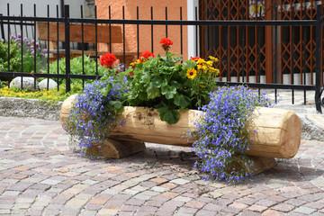 Cerca immagini ingresso casa for Anfora giardino