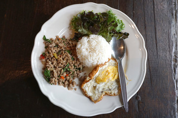 Minced pork basil and fried egg with white rice