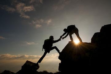 Foto op Aluminium Alpinisme dağcı birlik ve beraberlik ruhu&tırmanış başarısı