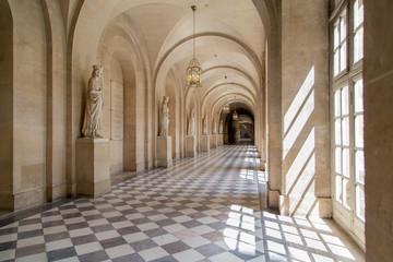 Sala, pasillo de Versalles. Elegante salón antiguo. Palacio.