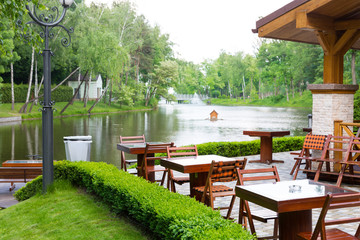 Restaurant near the lake