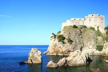 Foto auf Leinwand Befestigung Fort Lovrijenac in Dubrovnik (Croatia), blue Adriatic sea and blue sky